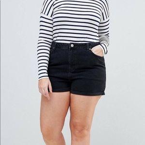 NWOT ASOS CURVE Black Denim Mom Shorts